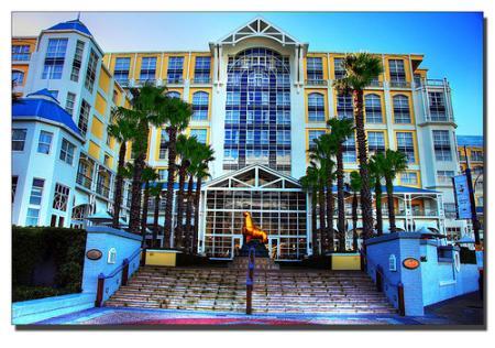 hoteltablebayjpg