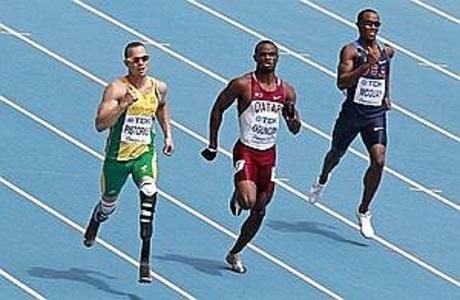 Pistorius hace historia en el mundial de atletismo