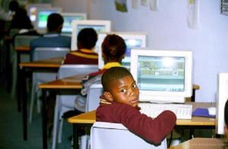 Google lleva a banda ancha a escuelas de Ciudad del Cabo