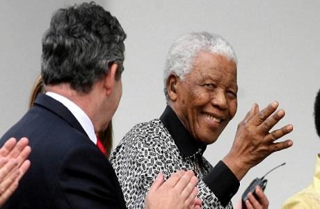 Sudáfrica reporta una mejoría en la salud de Mandela