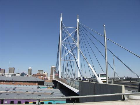 puente-nelson-mandela.jpg